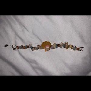Jewelry - BNWOT sunrise shell bracelet